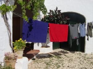 laundry_mid.jpg